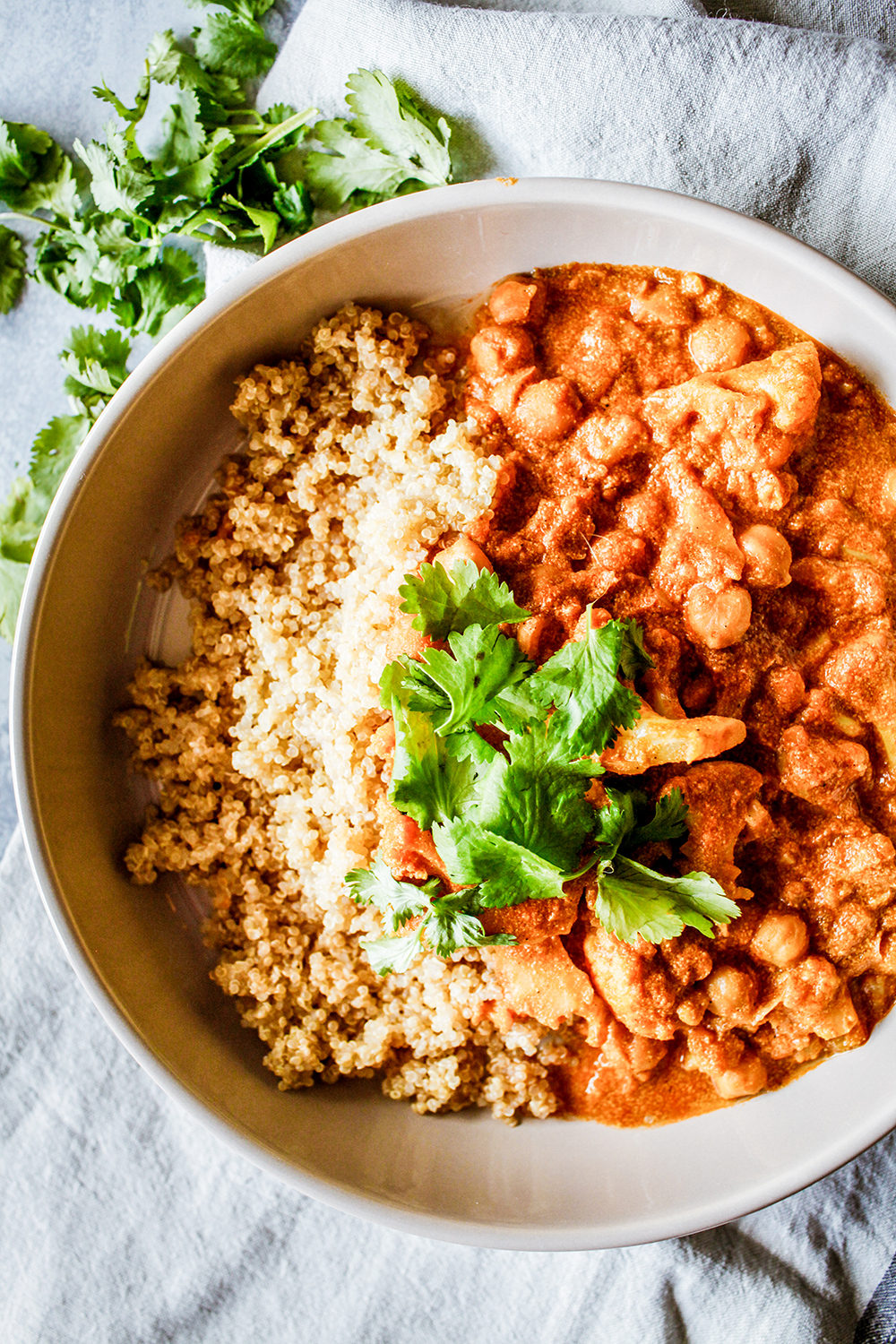 Cauliflower and chickpeas curry