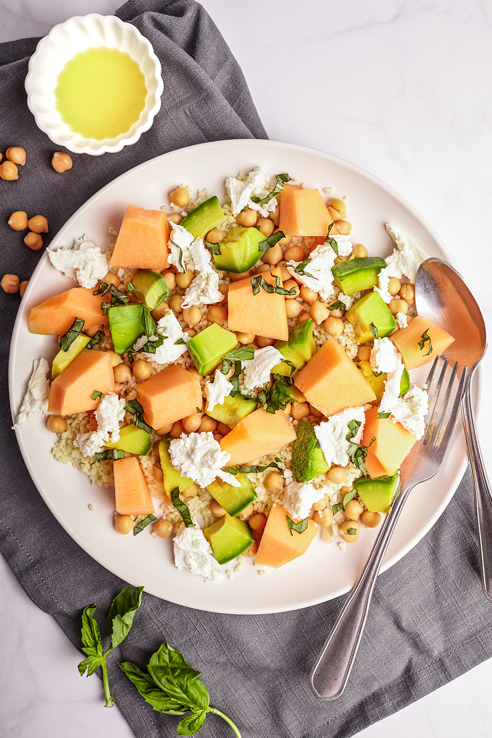 Melon couscous salad with burrata
