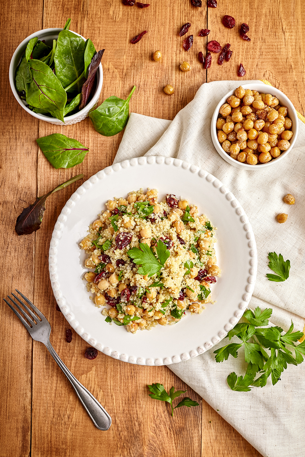 Warm quinoa salad with roasted chickpeas