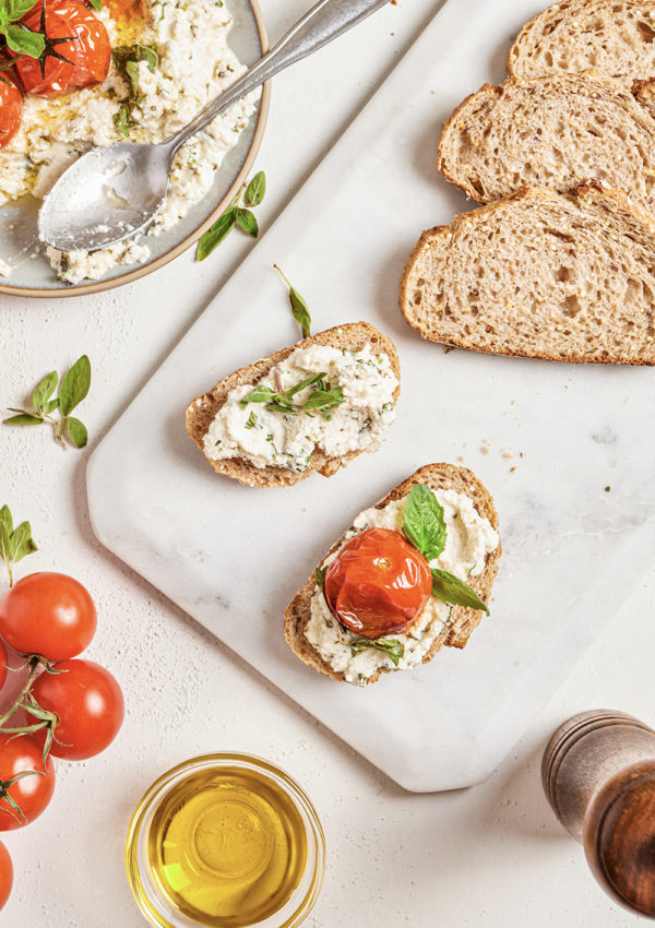 Ricotta dip with herbs