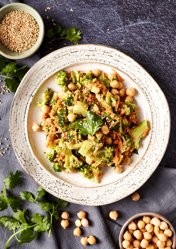 Broccoli, carrot and chickpeas salad with peanut and sesame sauce