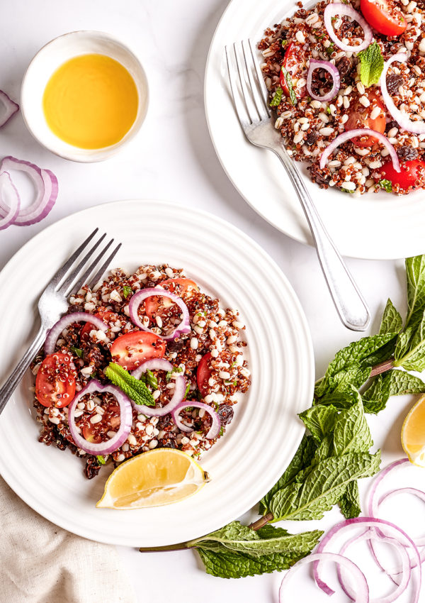 Oriental salad with quinoa and barley